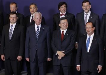 Προβλέπουν έξοδο από το ευρώ και χάος